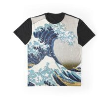 The great wave, famous Japanese artwork Graphic T-Shirt