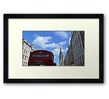 Red telephone box Framed Print