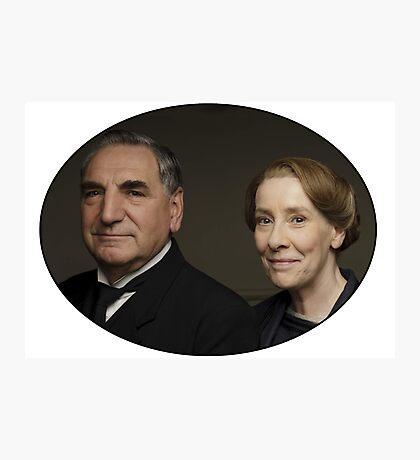 """""""Mr Carson e Mrs Hughes"""" Downton Abbey Photographic Print"""