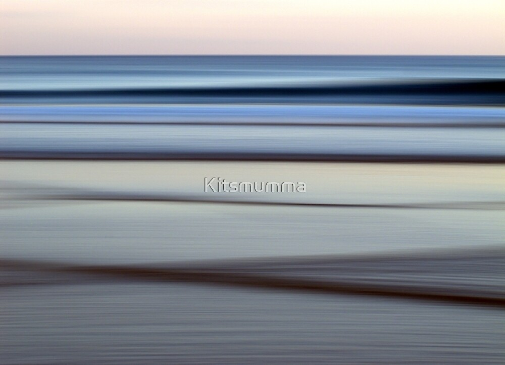 Dusk by Kitsmumma