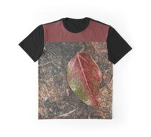 Fallen Leaf on Camphor Trunk Graphic T-Shirt