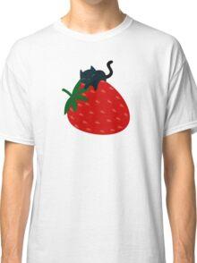 Strawberry Cat Classic T-Shirt