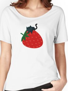 Strawberry Cat Women's Relaxed Fit T-Shirt