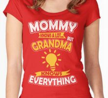 Grandma Knows Everything Women's Fitted Scoop T-Shirt