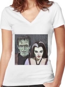 Lily and Herman Munster Women's Fitted V-Neck T-Shirt