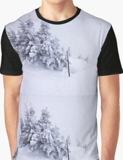 In snow Graphic T-Shirt