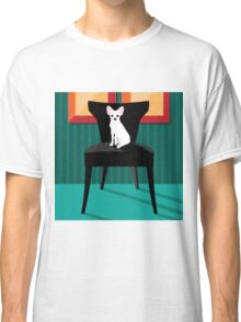 Flat design white Chihuahua on her chair. Classic T-Shirt
