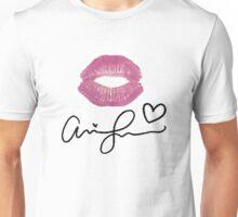 Ariana Grande XO Unisex T-Shirt