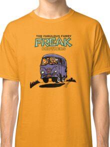 Fabulous Furry Freak Brothers Bus! Classic T-Shirt
