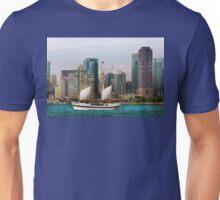 City - Chicago - Cruising in Chicago Unisex T-Shirt