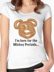 Mickey Pretzel Women's Fitted Scoop T-Shirt