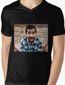 aziz ansari  Mens V-Neck T-Shirt