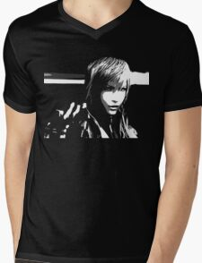 Lightning Final Fantasy XIII Black and White Mens V-Neck T-Shirt