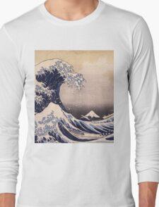 Katsushika Hokusai - The Great Wave Off the Coast of Kanagawa 19th century . Japanese Seascape Long Sleeve T-Shirt
