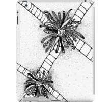 Zentangle Abstract Flower  iPad Case/Skin