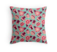 flat flowers Throw Pillow