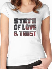 STATE OF LOVE & TRUST Women's Fitted Scoop T-Shirt