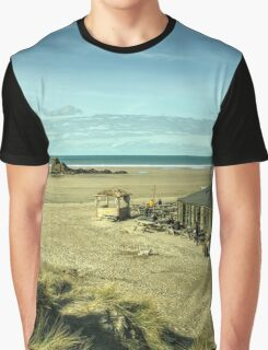 The pub on the beach  Graphic T-Shirt
