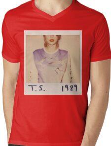 Taylor Swift 1989 Graphic Mens V-Neck T-Shirt