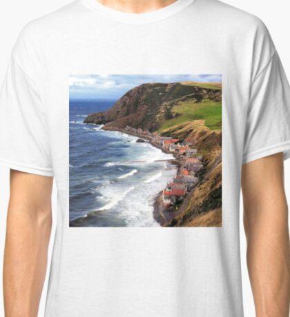 SCOTLAND CROVIE Classic T-Shirt