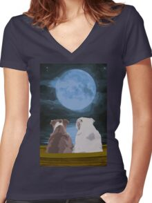 Moon River Women's Fitted V-Neck T-Shirt