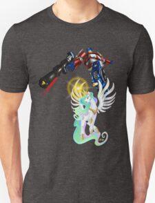 Celestia Heeds the Call of the Last Prime Unisex T-Shirt