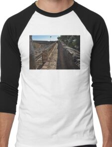 Walking on the Castle Wall Men's Baseball ¾ T-Shirt