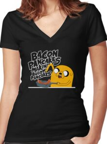 """Jake - Adventure Time """"pancakes"""" Women's Fitted V-Neck T-Shirt"""