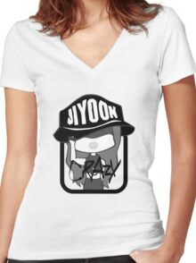 4MINUTE JiYoon Crazy Women's Fitted V-Neck T-Shirt