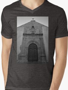 Church of Misericordia Facade in Tavira Mens V-Neck T-Shirt