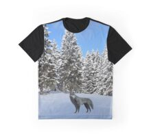 A wolf in the snow. Graphic T-Shirt