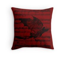 Toothless in flight  Throw Pillow