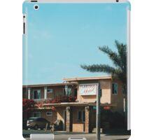Flamingo Motel (Malibu) iPad Case/Skin