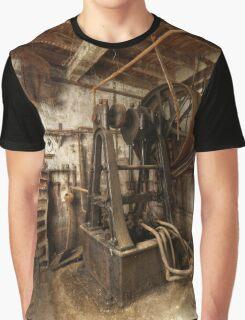 Atelier Mosaique Graphic T-Shirt