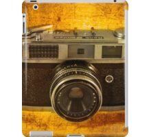 Rank Mamiya Rangefinder iPad Case/Skin