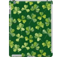 Clover. Green pattern iPad Case/Skin