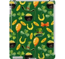 Patrick`s day green pattern. Watercolor iPad Case/Skin