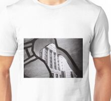 Looking through the sculpture black and white photo Unisex T-Shirt
