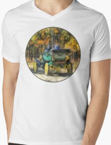 Stanley Steamer Automobile Mens V-Neck T-Shirt