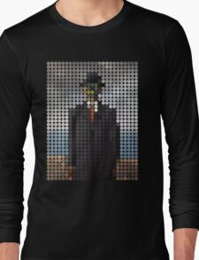 the son of a man magritte surrealism 1900, Benday Dots Long Sleeve T-Shirt