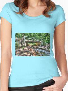 Under the Bridge Women's Fitted Scoop T-Shirt