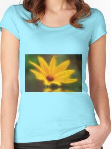 Mellow Yellow Women's Fitted Scoop T-Shirt
