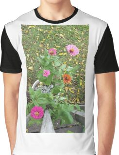 Zinnia Flowers Graphic T-Shirt