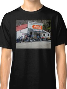 Rabbit Hash Store-Front View Bikers Classic T-Shirt