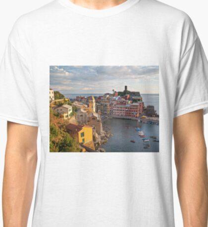 Vernazza Trail View Classic T-Shirt