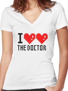 I heart heart the doctor Women's Fitted V-Neck T-Shirt