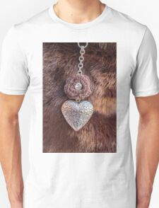 heart necklace Unisex T-Shirt