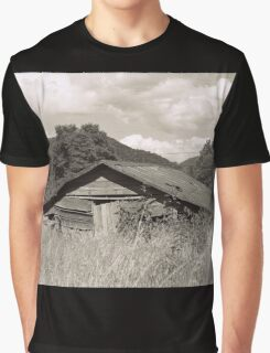 old american barn Graphic T-Shirt