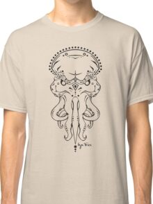All the Faces – Cthulhu (black lines) Classic T-Shirt