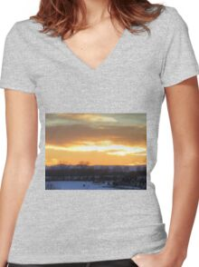 Valley Sunset Women's Fitted V-Neck T-Shirt